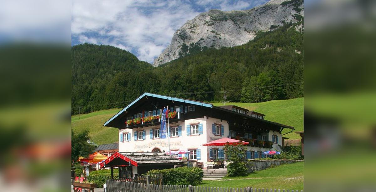 Gasthof_Alpenhof_Sommer.jpg