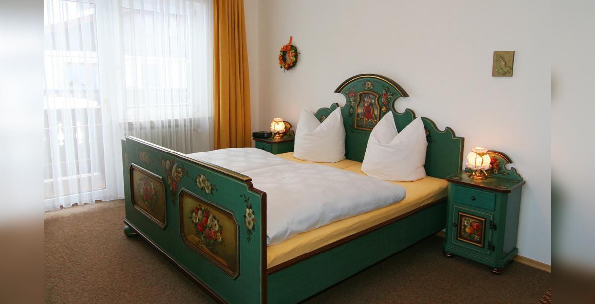 Ferienwohnung-Benischke_Schlafzimmer.jpg