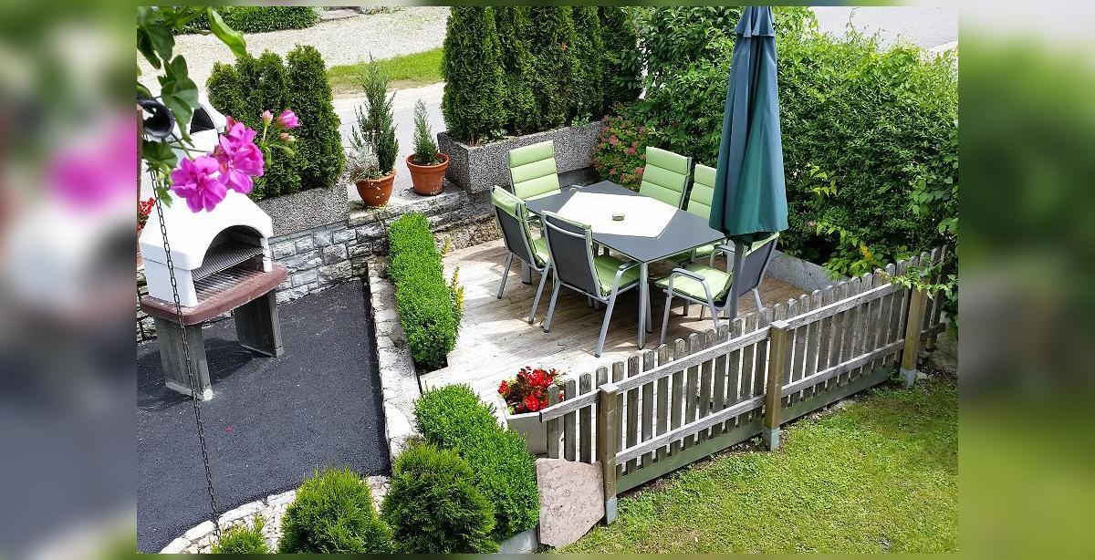 Brandner_Gaestehaus-Salzgau_Fewo-1_Terrasse-mit-Grill.jpg