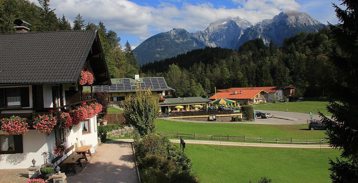 Alpenpension-Watzmannblick_Goell_Schneibstein.jpg