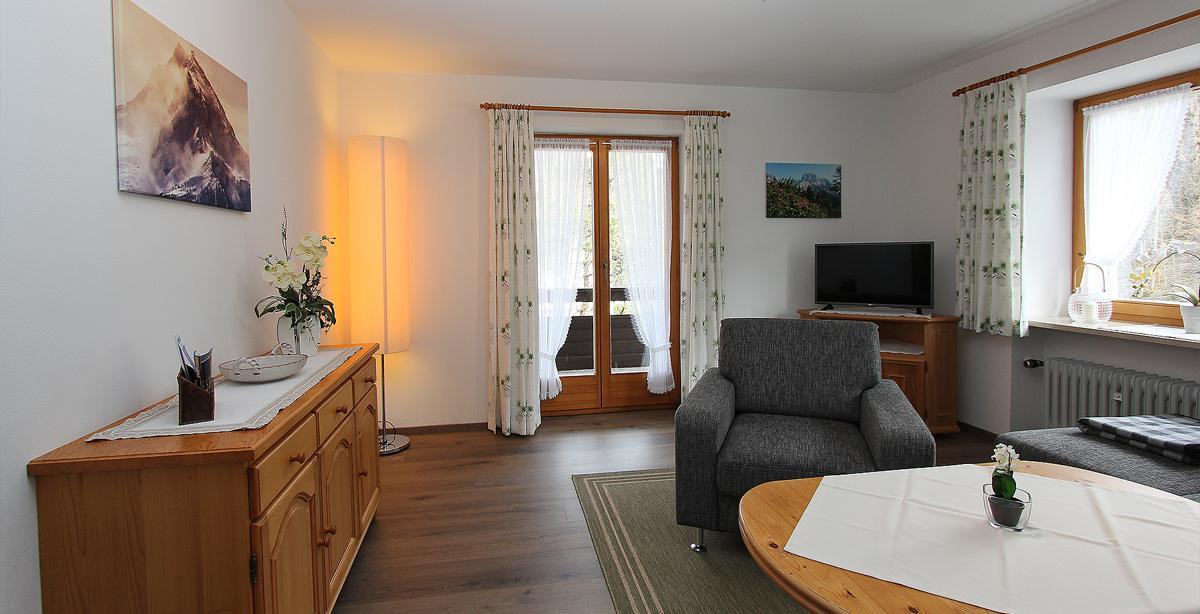 Fewo-Grassl_Livingroom.JPG
