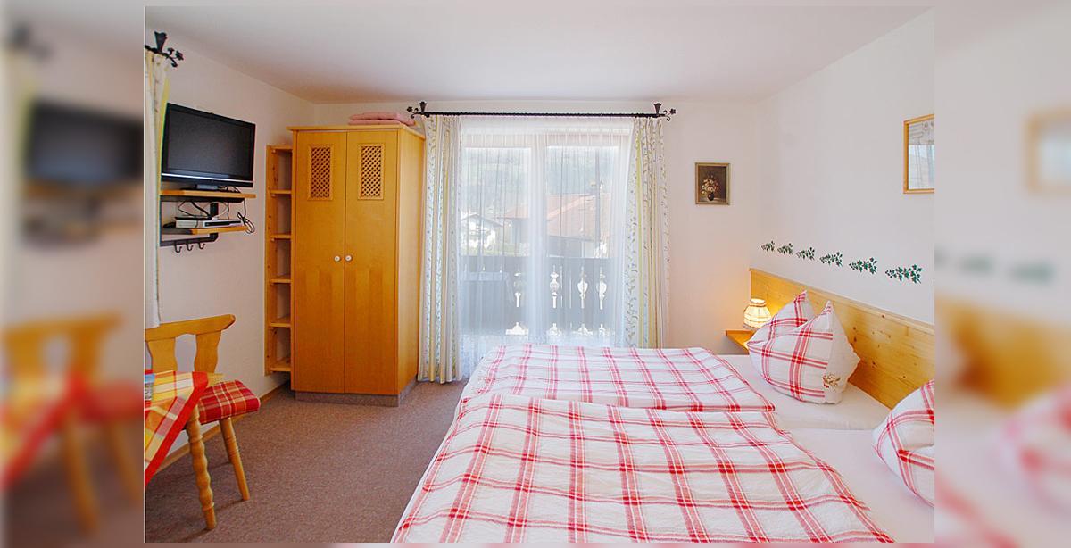 18_Gasthaus_Bodner_Doppelzimmer.jpg