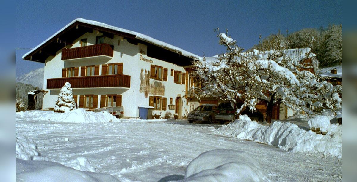 Gaestehaus_Rosengarten_Winter.jpg