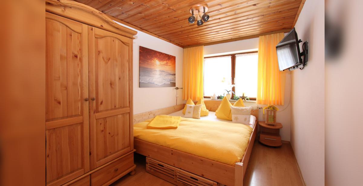 Ferenwohnung_2-Schlafzimmer.JPG