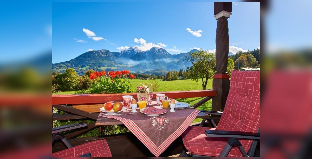 Ferienwohnung-Watzmann-Aussicht-Berge.jpg