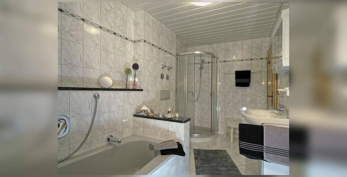 Ferienwohnung-Watzmann-Dusche-WC.jpg