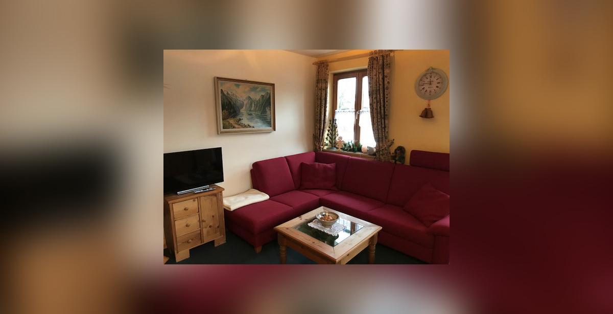 Urlaubswohnung-Hoellein-Sitzgruppe.jpg