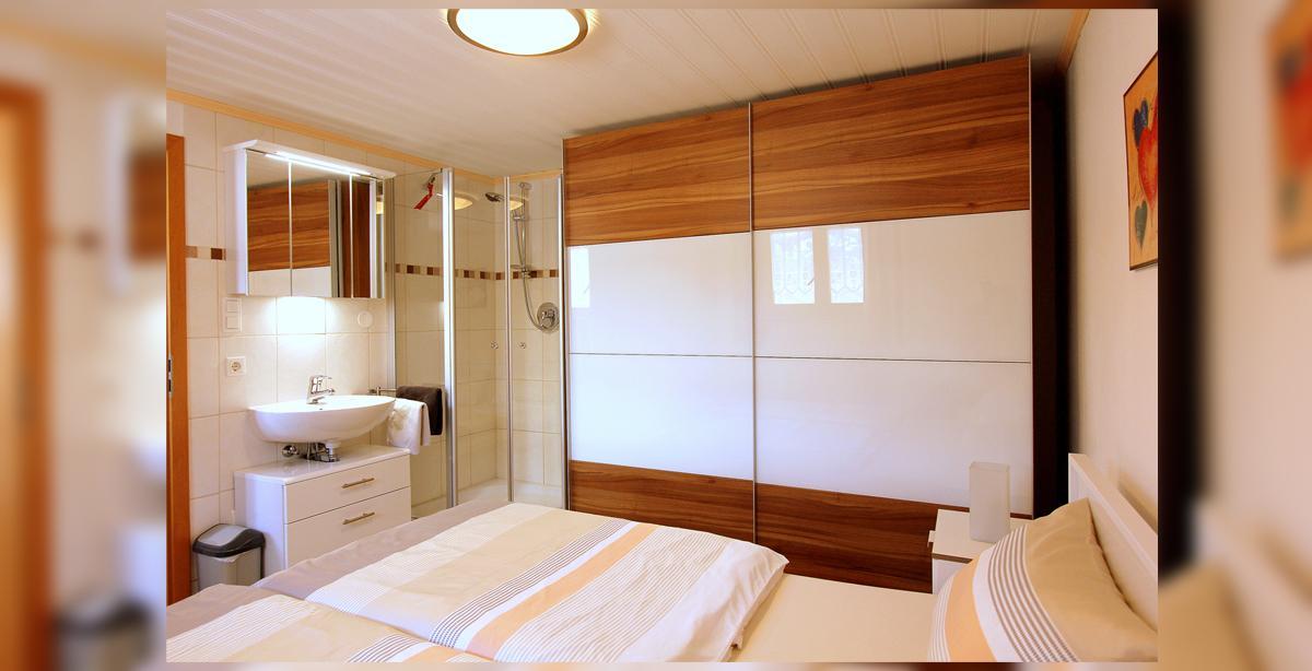 06_apartment_schlafzimmer.JPG