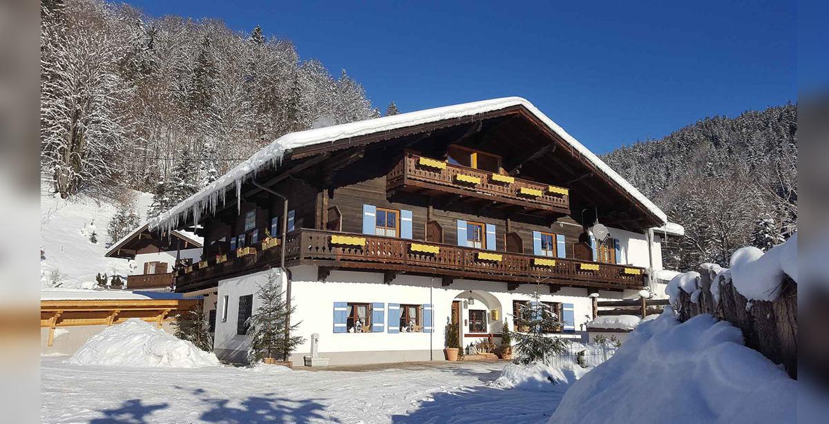 Pension_Ferienwohnung_Etzerschloessl_winter.jpg