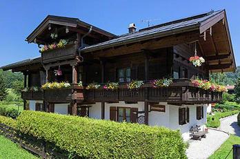 Christmas and New Years in Bavaria. Book an apartment with the Maltan family in Berchtesgaden in southern Bavaria