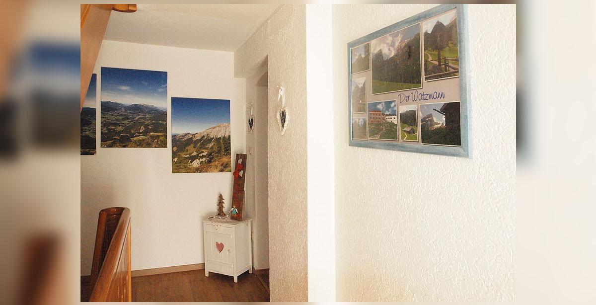 4_Pension-Watzmannblick-Strub-Treppenhaus.jpg