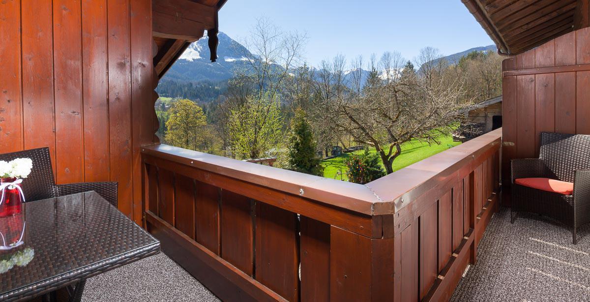 Fewo_Untersulzberglehen_Balkon.jpg